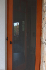 demeny-fa-ajto-ablak-nyilaszaro-csaladi-haz-109