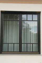 demeny-fa-ajto-ablak-nyilaszaro-csaladi-haz-130