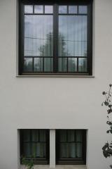 demeny-fa-ajto-ablak-nyilaszaro-csaladi-haz-132