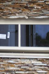 demeny-fa-ajto-ablak-nyilaszaro-csaladi-haz-146