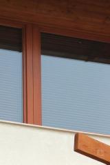 demeny-fa-ajto-ablak-nyilaszaro-csaladi-haz-173