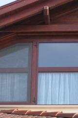 demeny-fa-ajto-ablak-nyilaszaro-csaladi-haz-25