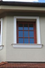 demeny-fa-ajto-ablak-nyilaszaro-csaladi-haz-80