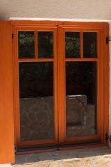 demeny-fa-ajto-ablak-nyilaszaro-csaladi-haz-107