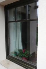 demeny-fa-ajto-ablak-nyilaszaro-csaladi-haz-127