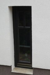 demeny-fa-ajto-ablak-nyilaszaro-csaladi-haz-128