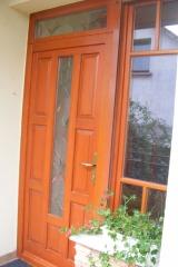 demeny-fa-ajto-ablak-nyilaszaro-csaladi-haz-152