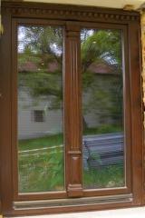 demeny-fa-ajto-ablak-nyilaszaro-csaladi-haz-17