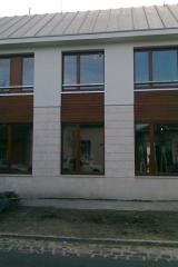 demeny-fa-ajto-ablak-nyilaszaro-csaladi-haz-187