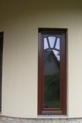 demeny-fa-ajto-ablak-nyilaszaro-csaladi-haz-189