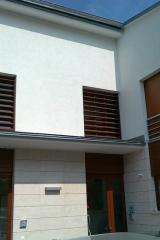 demeny-fa-ajto-ablak-nyilaszaro-csaladi-haz-251
