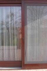 demeny-fa-ajto-ablak-nyilaszaro-csaladi-haz-28