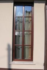 demeny-fa-ajto-ablak-nyilaszaro-csaladi-haz-33