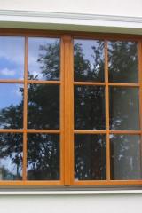 demeny-fa-ajto-ablak-nyilaszaro-csaladi-haz-56