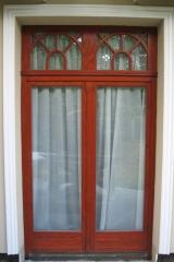 demeny-fa-ajto-ablak-nyilaszaro-csaladi-haz-83