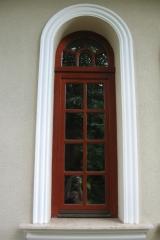 demeny-fa-ajto-ablak-nyilaszaro-csaladi-haz-89